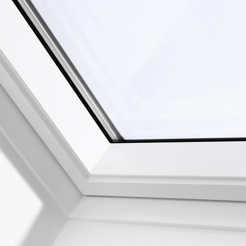 Velux electrically operated roof window white for Velux customer support