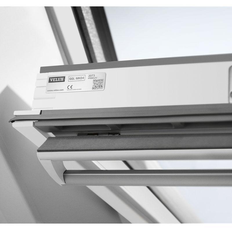 velux centre pivot polyurethane finish roof window ggu. Black Bedroom Furniture Sets. Home Design Ideas